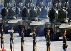 China tests new tank, cannon in military drill in Tibet bordering India