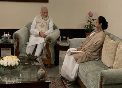 I AM THE ONLY LEADER WHO MET PM MODI AND TOLD HIM TO WITHDRAW CAA: MAMATA
