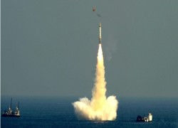 India test fires intermediate-range, submarine-launched ballistic missile
