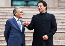 PM Imran to visit Malaysia next week