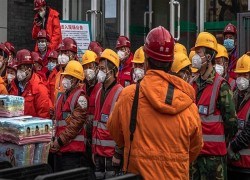 UN HEALTH AGENCY GOES TO CHINA AS MAINLAND DEATHS RISE ABOVE 900