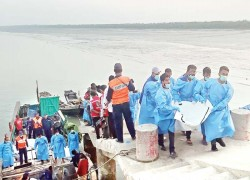 Bangladesh arrests suspected traffickers over refugee boat sinking