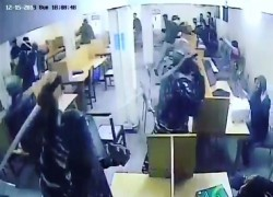 JAMIA COORDINATION COMMITTEE RELEASES VIDEO FOOTAGE OF DELHI COPS ASSAULTING STUDENTS IN LIBRARY