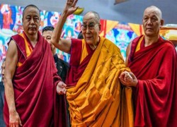 Which birthday is Dalai Lama celebrating, Who will succeed him?