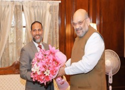 Home Minister meets with Indian counterpart