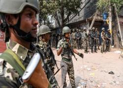 বৃহত্তম গণতন্ত্রে দাঙ্গাতন্ত্র: দিল্লির নিয়ন্ত্রণ গ্রহণ সেনাবাহিনীর