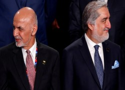 Standoff between Afghan President Ghani and rival Abdullah threatens Taliban peace deal