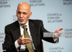 Afghan govt postpones prisoner release, endangers deal
