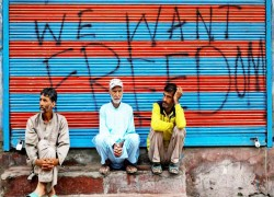 India's coronavirus lockdown is a walk in the park for Kashmiris