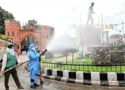 Coronavirus: 94,000 returnees to haunt Punjab, land of India's migrant workers