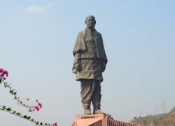 Virus spikes cybercrime in India, world's tallest statue 'on sale'