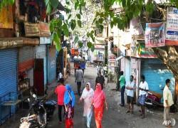 COVID-19 cases, deaths rise in India's biggest slum