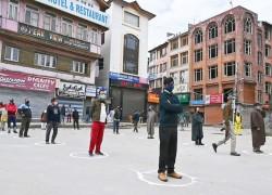 Slow internet is speeding the spread of the coronavirus in Kashmir