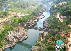 India opens bridge in Himalayas setting stage for China face-off