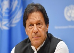 Factors underlying Imran's bid to modify 18th Amendment on Centre-Provincial relations