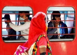India's services fall in historic slump, threaten deep recession