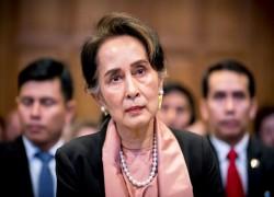 Outgoing UN envoy hopes Myanmar's Suu Kyi can change