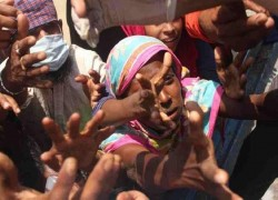 করোনা সঙ্কটে বিপর্যস্ত বাংলাদেশের গৃহকর্মীরা