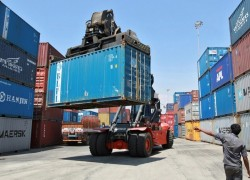In India, China shipments held up as New Delhi takes steps to block Chinese goods
