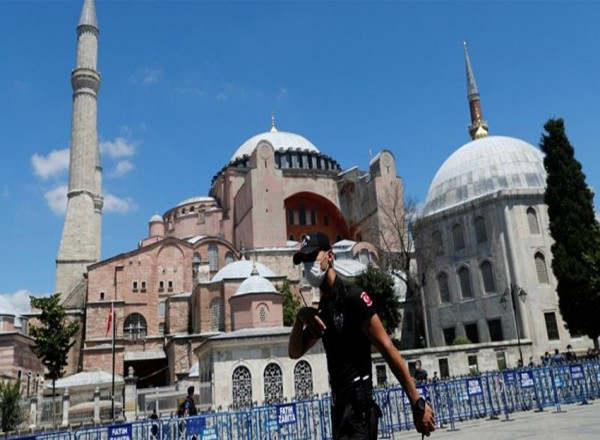 Turkey to cover Hagia Sophia's Christian icons during prayers