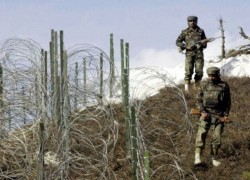 ONE MARTYRED ALONG LOC AFTER INDIAN FORCES OPEN FIRE: ISPR