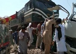 AT LEAST 20 SIKH PILGRIMS DEAD, SEVERAL INJURED IN TRAIN-BUS COLLISION