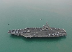 US aircraft carriers conduct military drills in South China Sea