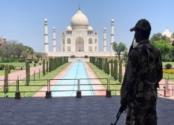 INDIA TO REOPEN TAJ MAHAL WITH SOCIAL DISTANCING, MASKS