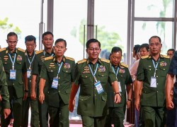 UK imposes sanctions on Myanmar military chief, deputy for abuses against Rohingyas
