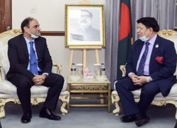 Pakistan, Bangladesh hold talks in possible thaw