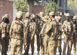 4 army troops killed in NW Pakistan