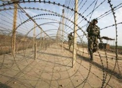 TWO WOMEN HURT IN FRESH CEASEFIRE VIOLATION ALONG LOC BY INDIA