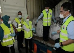 MALAYSIA DISCOVERS BIGGEST ABANDONED SHIPMENT OF ILLEGAL TOXIC WASTE FROM ROMANIA