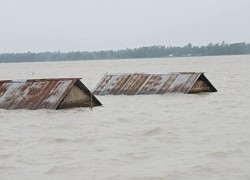 23 LAKH MAROONED AND IT CAN GET WORSE