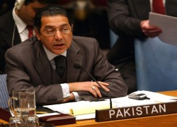 PAKISTAN URGES OIC TO PUSH FOR ENDING INDIA'S RIGHTS ABUSES IN IIOJK