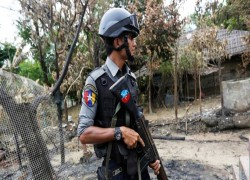 Police captain shot dead as targeted attacks continue in Western Myanmar