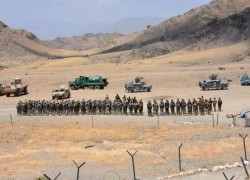 Afghan troops conduct military drill near Durand Line