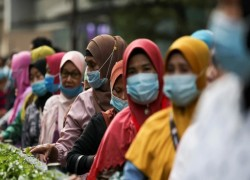 Coronavirus: Malaysia up in arms over Indonesian medical 'tourists'