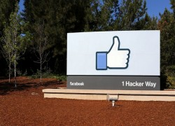 FIR AGAINST FACEBOOK EXECUTIVE, WHO ALLEGED THREAT TO LIFE, FOR INCITING 'RELIGIOUS SENTIMENTS'