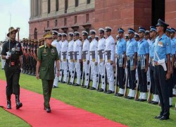 India tries to woo Myanmar amid tussle with China