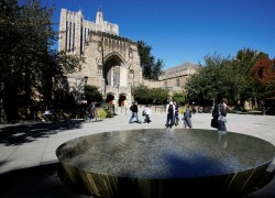 US government asks American college endowments to sell Chinese stocks, warning of 'wholesale delisting'