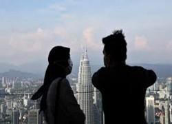 Malaysian GDP plunge fuels talk of post-COVID economic remodeling
