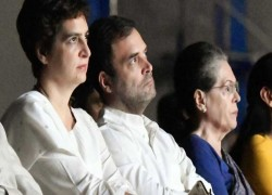 WHO WILL LEAD CONGRESS? GANDHIS RELUCTANT, BIG MEET TODAY
