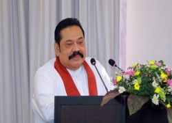 PM SEEKS CONSENSUS IN PARLIAMENT FOR NEW CONSTITUTION