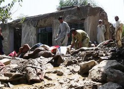 DEATH TOLL FROM FLASH FLOODS RISES TO 151