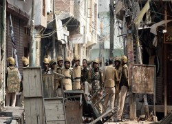 India's police 'complicit' in anti-Muslim riots, alleges Amnesty