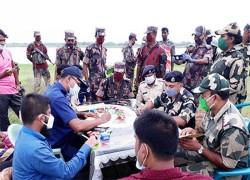 BSF RETURNS BANGLADESHI YOUTH'S BODY AFTER 15 DAYS OF KILLING IN KUSHTIA BORDER