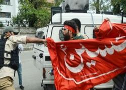 অধিকৃত কাশ্মীরে ভারতীয় পুলিশের পেলেট গানের গুলি