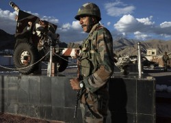 FRESH CLASH ERUPTS BETWEEN INDIAN-CHINESE TROOPS IN PANGONG TSO