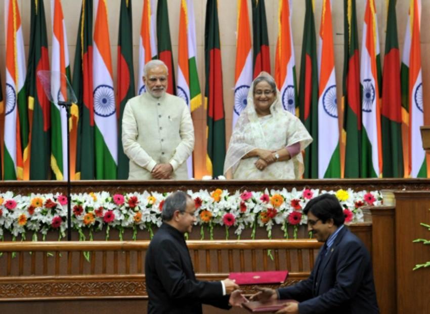 বাংলাদেশ-ভারত সম্পর্ক: দন্ত-নখর সব হারিয়েছে নেকড়ে